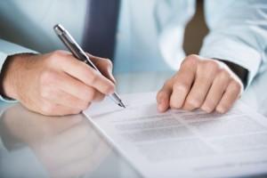 Prüfen Sie Ihren Vertrag auf die Zinsbindung: Wie lange läuft die Frist?