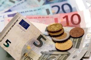 Sparen Sie durch eine unwirksame Widerrufsbelehrung bares Geld.