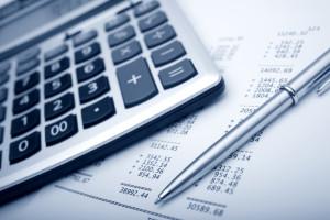 Eine Hypothek vorzeitig auflösen? Es können Vorfälligkeitszinsen anfallen. Lassen Sie sich beraten.